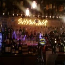 Shywawa - Paris, France. Vous prendrez bien un verre?