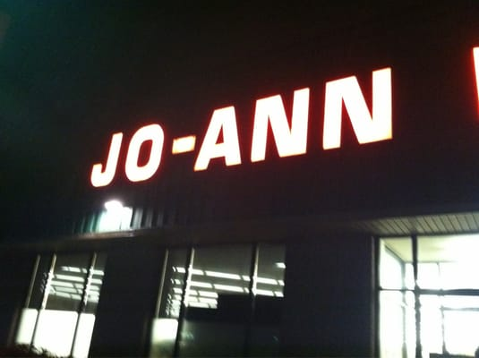 Jo ann fabrics and crafts portsmouth nh united states for Joann craft store near me
