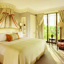 Park Suite Master Bedroom