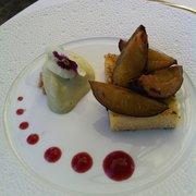 Hôtel Le Pigonnet - Aix en Provence, France. Dessert: brioche façon pain perdu et sorbet pistache
