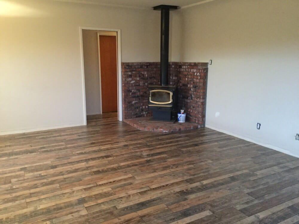 Flooring liquidators flooring 6611 rosedale hwy for Flooring bakersfield
