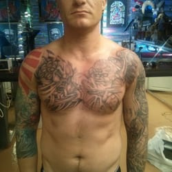 Shamrock tattoos for Tattoo shops on the vegas strip