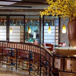 water 39 s edge restaurant water 39 s edge restaurant oak brook il