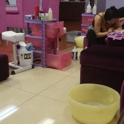 Luxy nail salon las vegas nv verenigde staten yelp for 24 nail salon las vegas