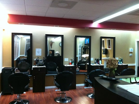 Finishing touch hair nail salon waterbury ct yelp for A touch of beauty salon
