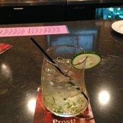 The Chop House - Asheville, NC, États-Unis. Elderflower cucumber mint cocktail. Jim's special recipe!
