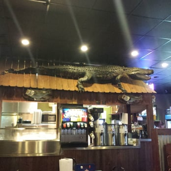 The fish house seafood restaurants 8823 hwy 165 n for Fish house sterlington