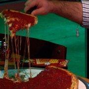 Jimano's Pizzeria - Plano, TX, États-Unis. 16 inch 1 topping stuffed pizza