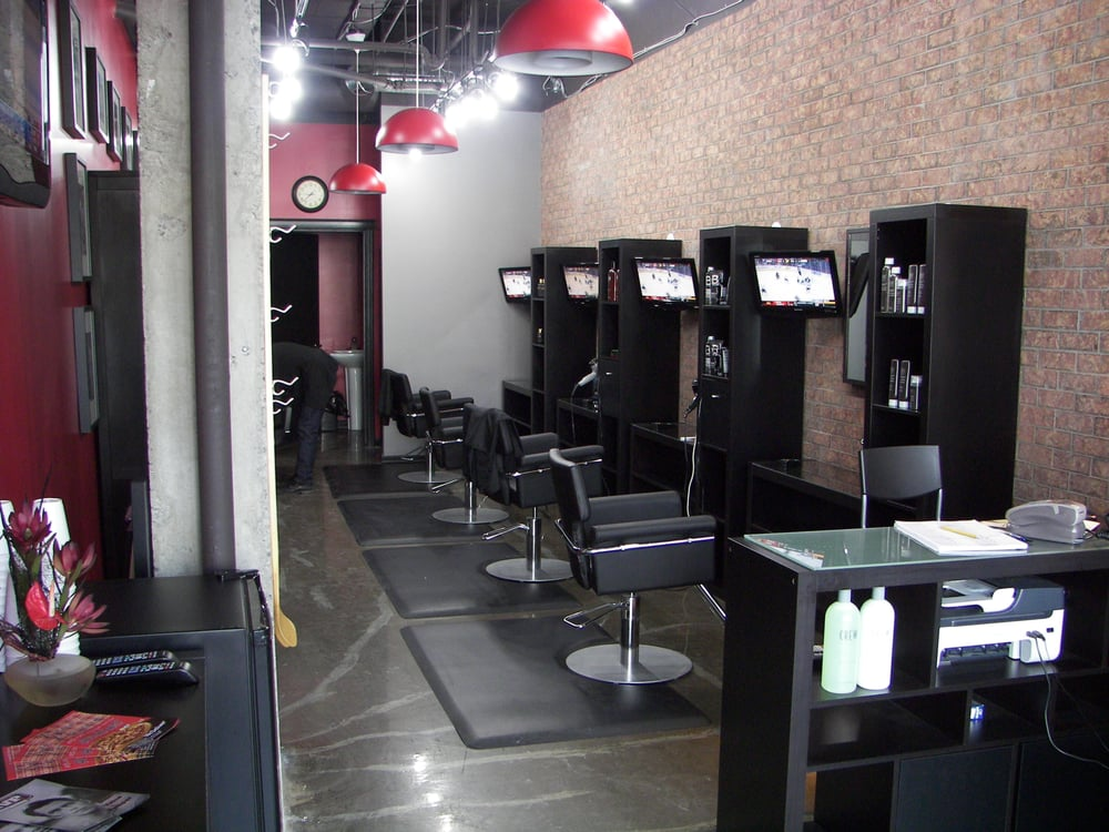 MVP Haircuts - walk in, get a great haircut at a great price, and catch the big game in high definition. At MVP Haircuts, we've created the perfect place to get a great haircut at a great price. To make things even better, we do all of this in our unique sports stadium environment.