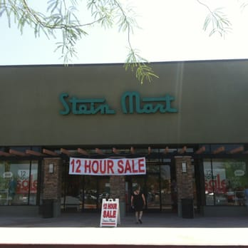 My mother-in-law raves about Stein Mart and frequently gives me clothing items from there. I had never shopped there before, but had been meaning to, since she loves it so much.6/10(8).