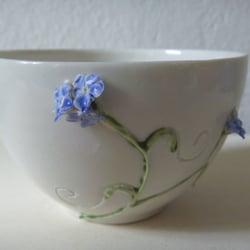 Schale Porzellan mit Blüten
