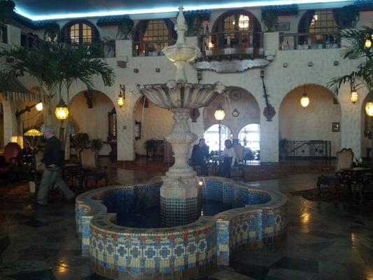 19+ [ Hershey Hotel Circular Dining Room ] | Hotel Hershey . Part 37