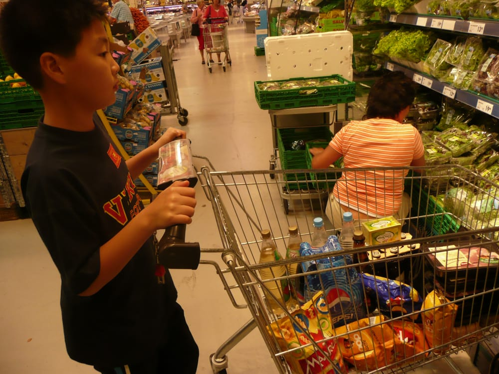 little cousin pushing the shopping cart at obs mariero. stavanger ...
