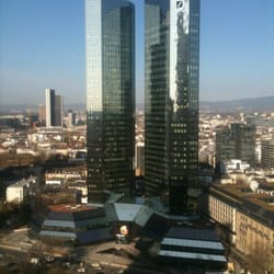 Blick vom Zimmer auf Frankfurt