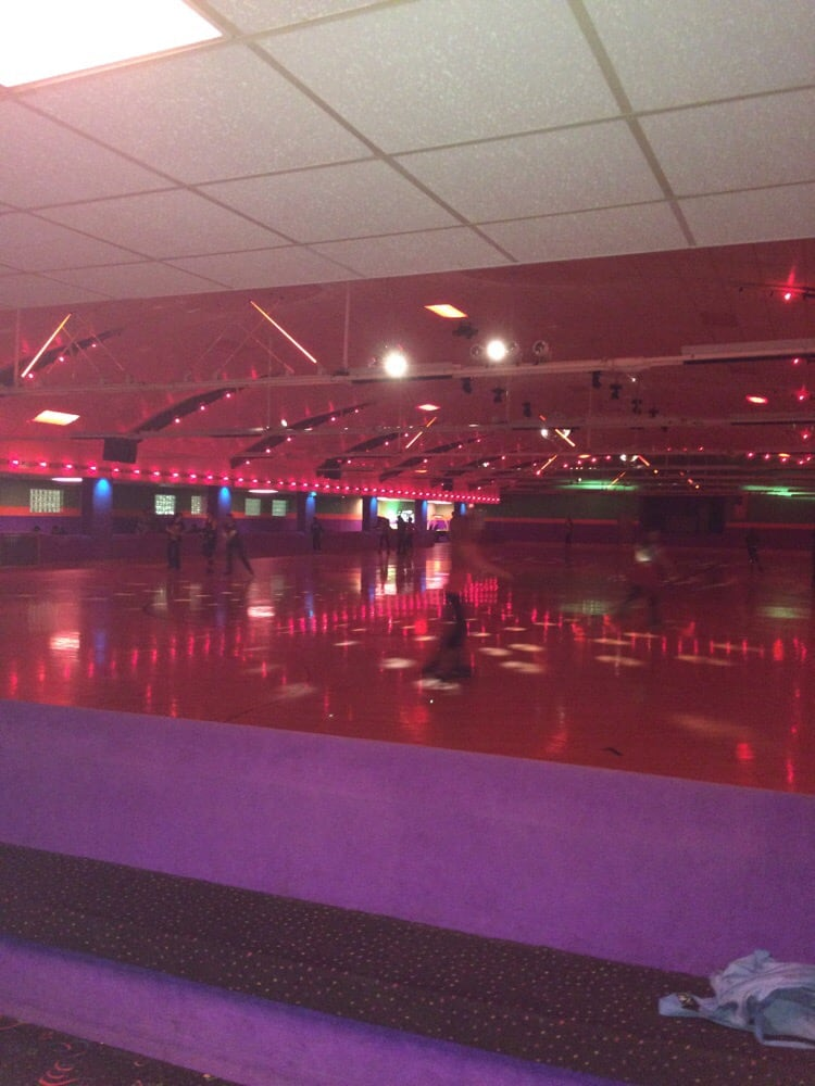 Riverside Arena - Home | Facebook