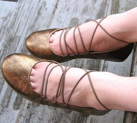 Shoe Pavilion - Bronze Stringbean RocketDog Ballet Flats..The pain