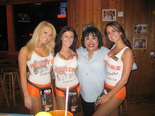Find 4 listings related to Hooters in Palo Alto on unicornioretrasado.tk See reviews, photos, directions, phone numbers and more for Hooters locations in Palo Alto, CA. .