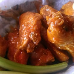 Barracuda Bar & Grill - Delicious hot wings - Coconut Grove, FL, Vereinigte Staaten