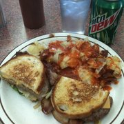 Sparky's Snack Stop - Patty Melt w/bacon - Skokie, IL, Vereinigte Staaten