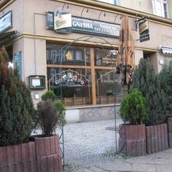 Gnesha, Berlin