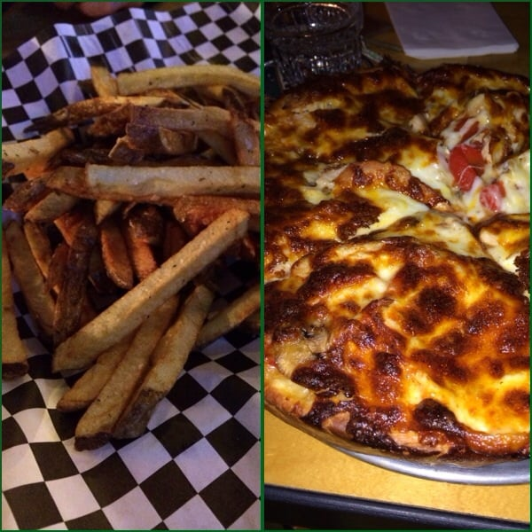 Bill's on Greenwood - Seattle, WA, United States. Hand-cut fries and Kick N Chicken pizza