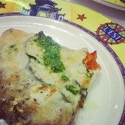 L'Est - Lyon, France. Pizza aux légumes confits