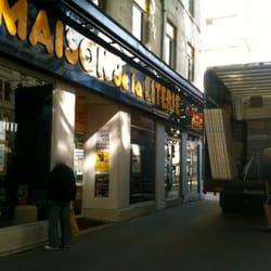 Maison de la literie furniture shops la guilloti re for Maison de la literie strasbourg