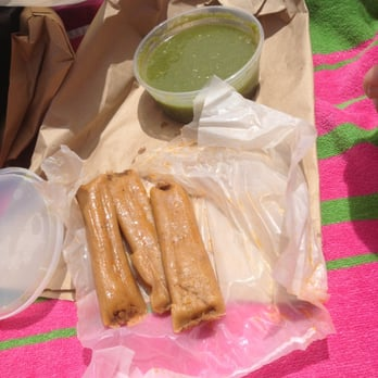 hot tamales   14 photos   food trucks   friendswood tx
