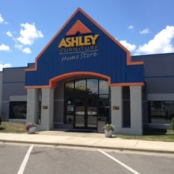Ashley furniture homestore arcadia wi yelp for 1 furniture way arcadia wi