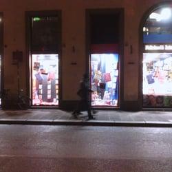 Feltrinelli International, Firenze