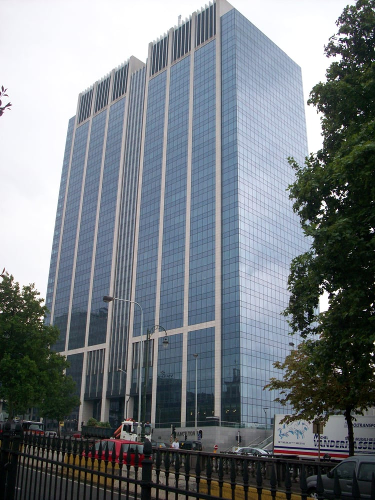 Finance tower landmarks historic buildings bruxelles for Boulevard du jardin botanique 50