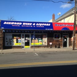 Diamond Wine & Liquors - Hawthorne, NJ, United States