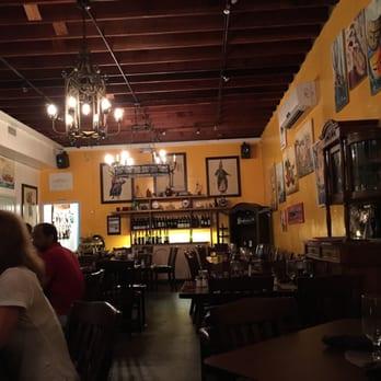 Agora Mediterranean Kitchen 180 Photos 135 Reviews Mediterranean 2505 N Dixie Hwy West