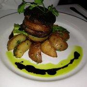 Barone's Restaurant - Bacon wrapped filet mignon - Pleasanton, CA, Vereinigte Staaten