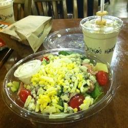 Potbelly Sandwich Shop - A Wreck Salad and coffee milkshake. - Fairfax, VA, Vereinigte Staaten