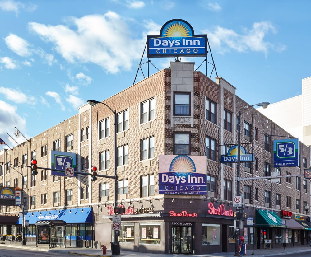 Days inn chicago 49 photos hotels lakeview chicago for Inns in chicago