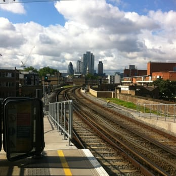 Hoxton Station - the view into the city.....