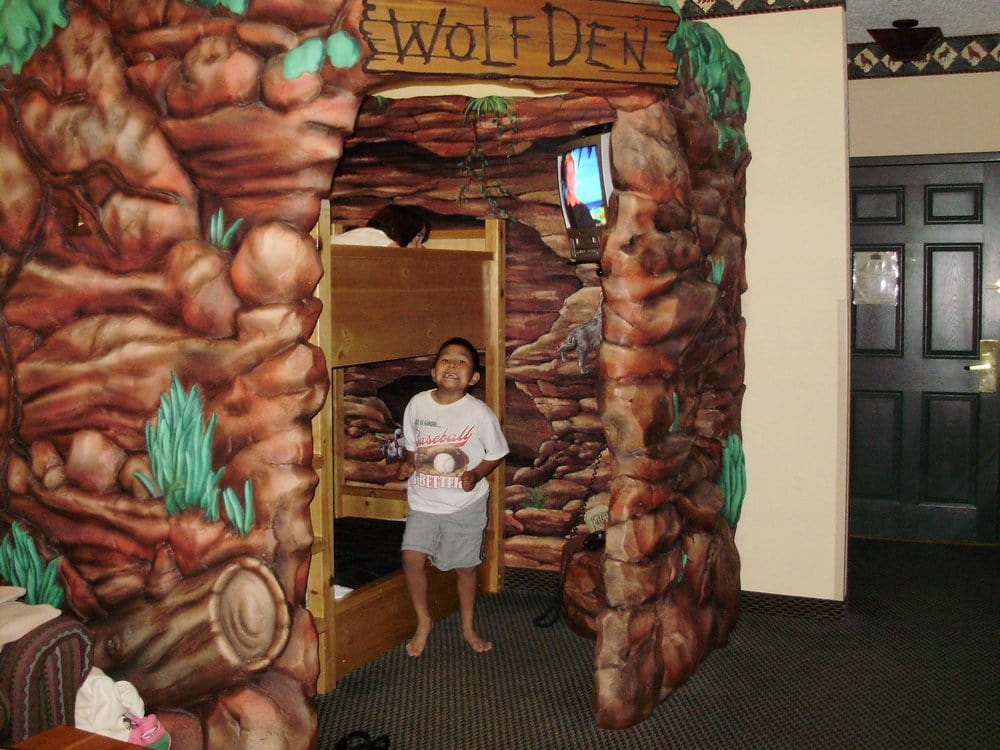 Wolf Den Great Wolf Lodge Great Wolf Lodge Traverse