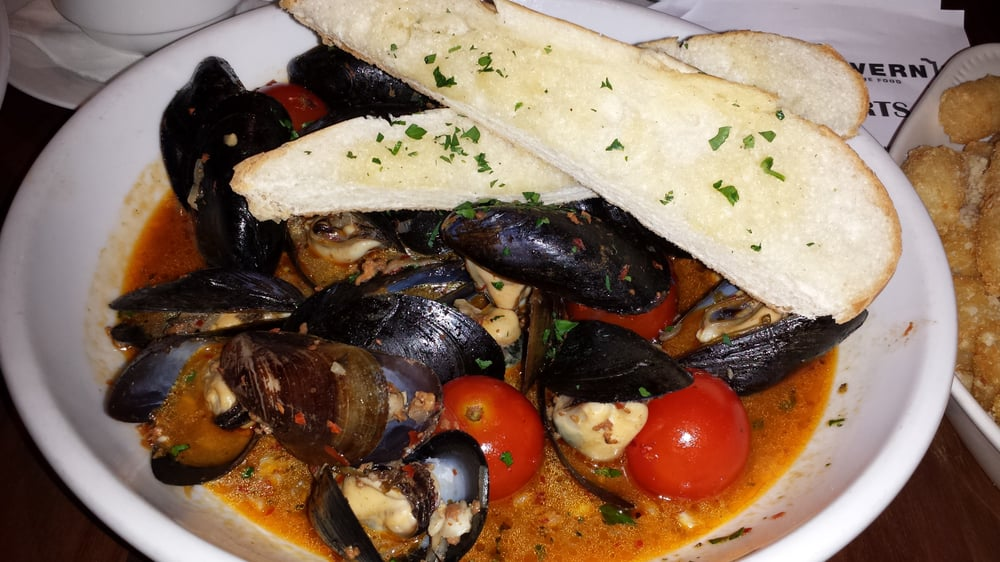 tomato chorizo spicy mussels in tomato mussel and chorizo soup ...