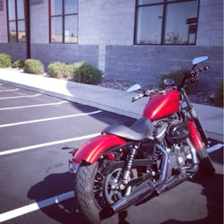 Chester's Reno Harley Davidson - Service drop off. Extremely easy and great staff! - Reno, NV, Vereinigte Staaten