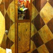 Tri's Market Place - Glitzy restrooms! - Amarillo, TX, Vereinigte Staaten