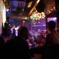 Der große Raum, Blick auf die Bühne