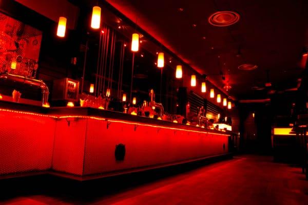 Bar Salon La Porte Rouge
