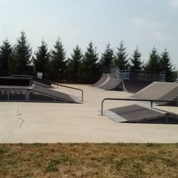 Plainfield Skate Park - Large area for skaters - Plainfield, IN, Vereinigte Staaten