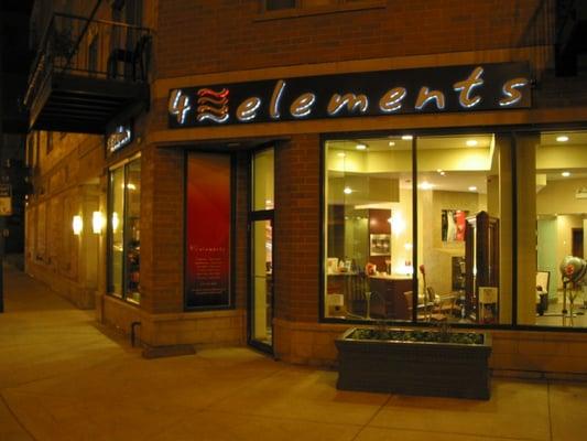 4 elements salon river west chicago il verenigde for A j salon chicago