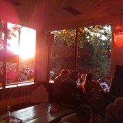 Le Rosa Bonheur - Paris, France. Le soleil se couche au Rosa
