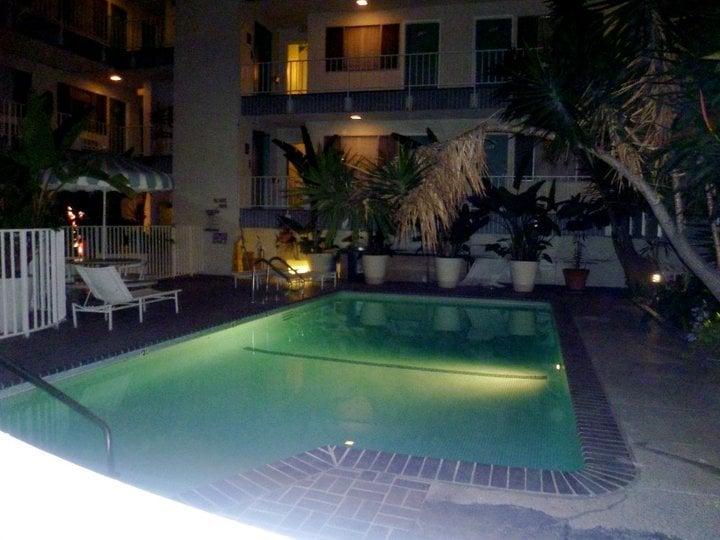 Beverly Laurel Motor Inn Hotels Los Angeles Ca Yelp