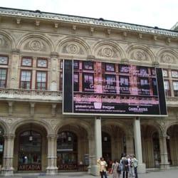 Staatsopern-Liveübertragung, Vienna, Wien, Austria