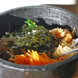 Vegetarian bibimbap (without the egg on…