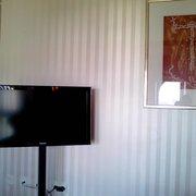 Flat-TV im Zimmer